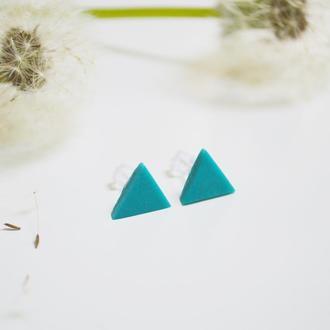 Гвоздики треугольники. Морская волна. Пастельные оттенки.
