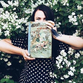 шкатулка книга Алиса