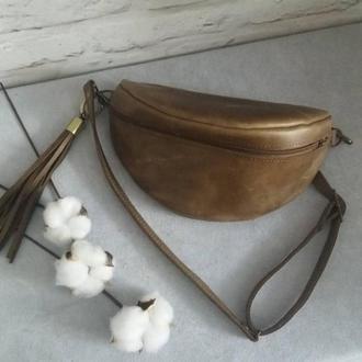Поясная сумка из натуральной кожи CrazyHorse. Цвет Оливковый.