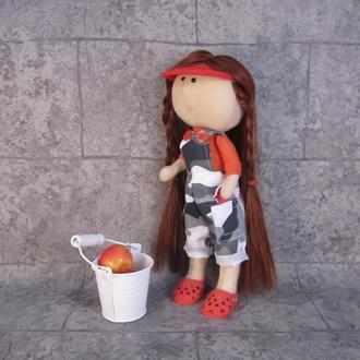 "Интерьерная кукла ""Дачница"""
