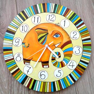 Настенные часы с ручной росписью Слон