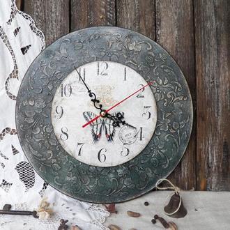 Часы в стиле винтаж