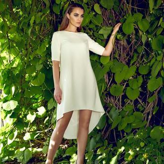 Платье с асимметричным низом
