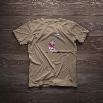 """Футболка ручной росписи """"Влюбленный кролик"""" подарок на годовщину"""