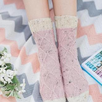 Вязаные носочки. Уютные носки. Твидовые носочки. Шерстяные носки