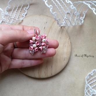Серьги с миниатюрными цветами, нежно розовые серьги, цветочное украшение