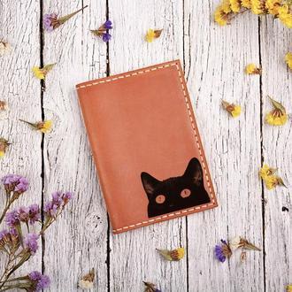 """Обложка для паспорта с гравировкой внутри """"Кошка"""""""