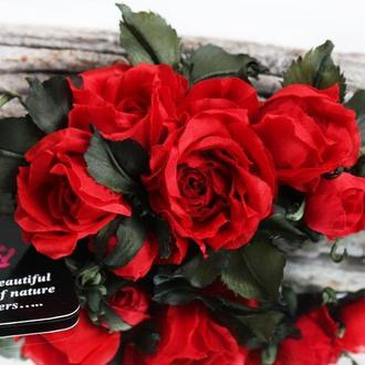 Заколка-стрела с красными розами