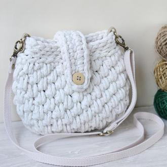 Белая  кроссбоди сумочка