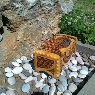 Шкатулки, ларчики, подарочные медальки из дерева