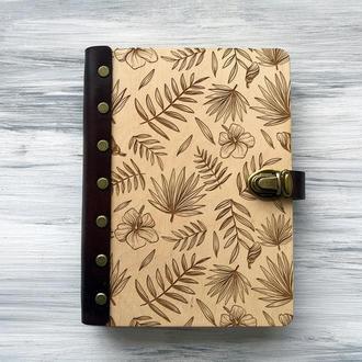 """Персональный блокнот """"Листья"""" А5 в деревянной обложке"""