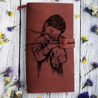 """Блокнот кожаный на резинке со сменными блоками с гравировкой """"Девочка и череп"""""""