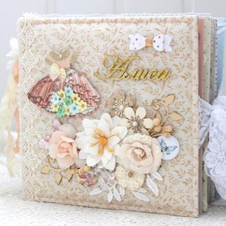 Альбом для новорожденной девочки , подарок молодой маме