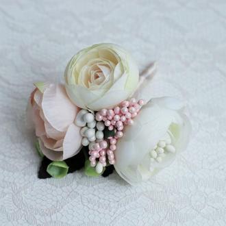 Бутоньерка Розовая