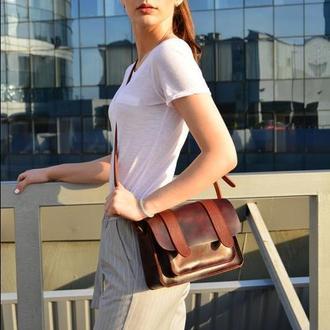 Кожаная женская  сумочка через плечо  вишня Сэтчел