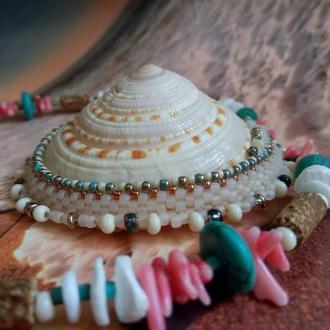 Колье кулон из бисера Boho. Подвеска на шею Ожерелье Бохо. Морская ракушка бусины натуральный камень