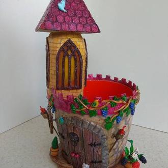 """Цветочный вазон """"Замок"""""""