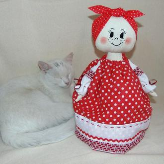 Баба-грелка на чайник ручной работы в народном стиле (интерьерная кукла)