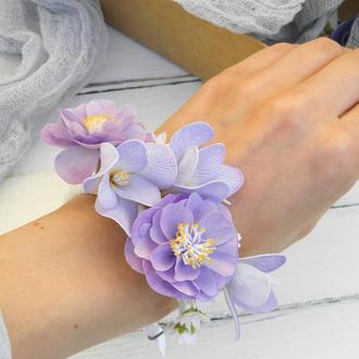 Цветочный браслет на руку Фрезия и айва фиолетовый