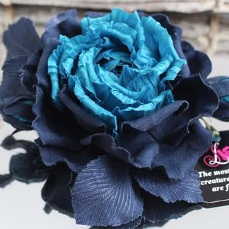 Брошь роза «Сальери». Цветы из ткани