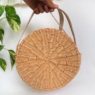 Круглая плетеная сумка-таблетка