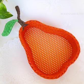 Плетеная корзина - оранжевая груша
