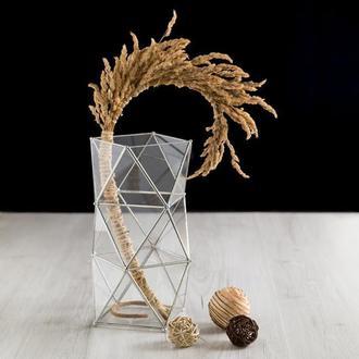 Геометрическая ваза из стекла