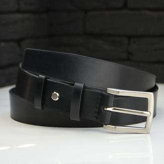 Черный кожаный мужской ремень
