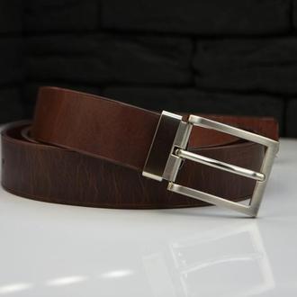 Коричневый кожаный ремень для мужчины