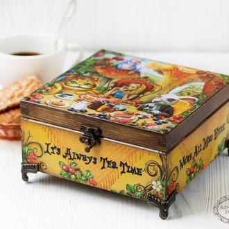 """Шкатулка """"Алиса в Стране Чудес""""  Безумное чаепитие , Чайная шкатулка"""