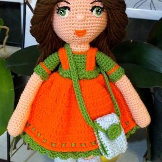 Кукла вязанная крючком