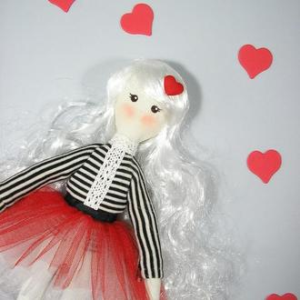 Валентинка текстильная авторская кукла Мягкая романтичная куколка блондинка в красном