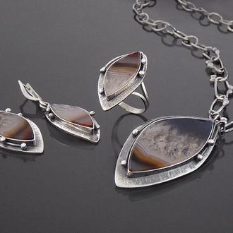 Серебряные украшения с агатом, перстень серьги колье.
