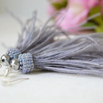 Серые серьги-перья