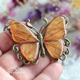 Підвіска - Метелик з  пелюсток лілії