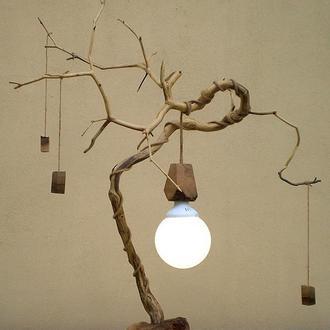 Деревянный LED настольный светильник из элементов вяза, ясеня и ореха