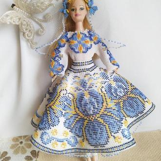 Наряд для куклы Барби в украинском стиле, вязанный крючком с бисером.