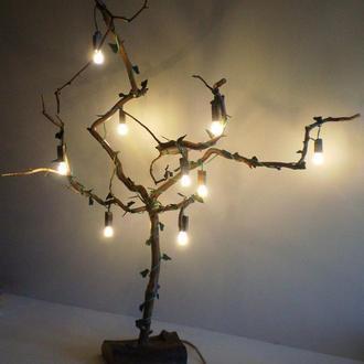 Деревання LED напольный светильник из элементов вяза и акации