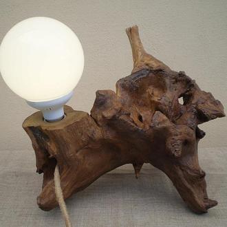 Деревянный настольный LED cветильник из корня акации,  ручная работа