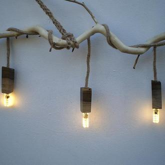Настенный LED светильник из дерева