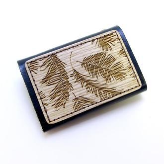 Визитница кожаная с деревянной накладкой 20 кармашков