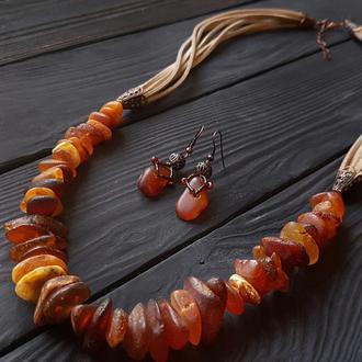 Комплект з натуральним янтарем кольє, сережки бохо Бусы из натурального янтаря серьги из янтаря