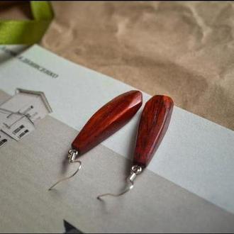 Сережки з екзотичної червоної африканської деревини падук