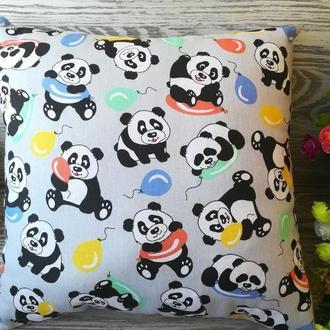 Подушка веселые панды