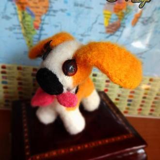 Собачка-проказница (валяные игрушки из английской шерсти)
