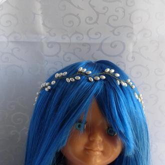 Венок для волос из проволоки и бусин