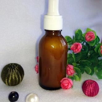 Увлажняющий гель для кожи лица с гиалуроновой кислотой и пептидами шелка.