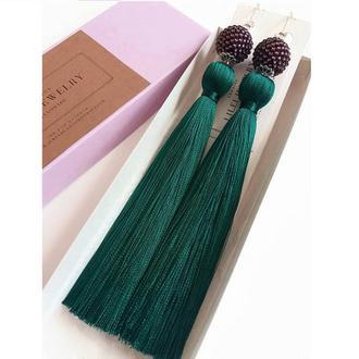 Длинные зеленые сережки-кисточки с фиолетовой бусиной, шелковые серьги-кисти LILEI JEWELRY