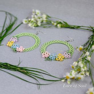 Серьги-кольца с цветами Фриволите