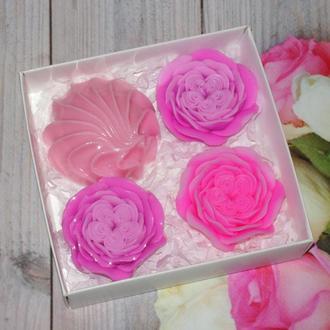 Набор сувенирного мыла Розы и зефир
